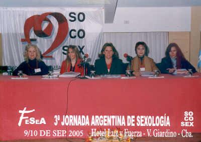 3ra Jornada Argentina de Sexología - Sep. de 2005 - Villa Giardino - Córdoba De Izda a Dcha: Eva Wadman, Sandra Camargo, Silvia Darrichón, Isabel Boschi y Silvia Aguirre.